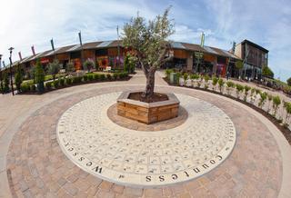 the-children-s-circle-peterborough-garden-park